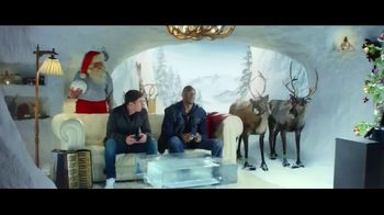 FIFA 16 TV Spot, '2v2 Holiday Special' Featuring Lionel Messi, Kobe Bryant