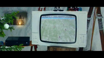 FIFA 16 TV Spot, '2v2 Holiday Special' Featuring Lionel Messi, Kobe Bryant - Thumbnail 2
