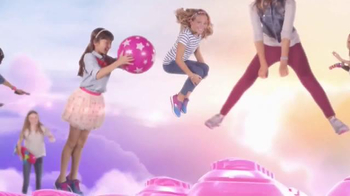 SKECHERS Skech-Air TV Spot, 'Trampoline' - Thumbnail 3