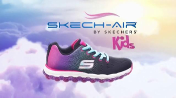 SKECHERS Skech-Air TV Spot, 'Trampoline' - Thumbnail 8
