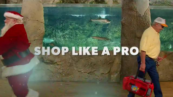 Bass Pro Shops Black Friday Sale TV Spot, 'Fleece, Drone and Smoker' - Thumbnail 3