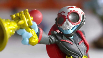 Toys R Us 2-Day Sale TV Spot, 'Staring Contest' - Thumbnail 2