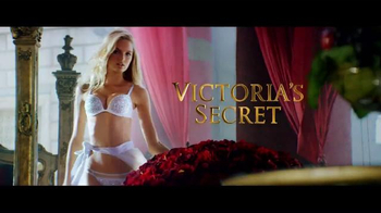 Victoria's Secret TV Spot, 'Free Gift: Blanket' - Thumbnail 1