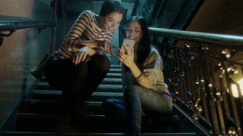 T-Mobile TV Spot, 'Shakira Connects on Extended Range LTE' [Spanish] - 109 commercial airings