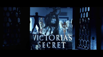 Victoria's Secret TV Spot, 'Holiday 2015: Ice Angel' - Thumbnail 1