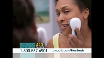Proactiv Deep Cleansing Brush TV Spot, 'Luminous and Fresh' - Thumbnail 4