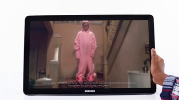 Samsung Galaxy TV Spot, 'Give the Gift of Galaxy' Song by Missy Elliott - Thumbnail 6