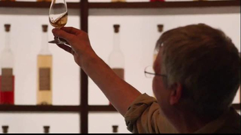 Johnnie Walker TV Spot, 'Jim Beveridge' - Thumbnail 4