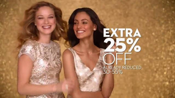 Macy's Friends & Family Sale TV Spot, 'Gold Glitter' - Thumbnail 3