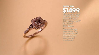 Macy's Friends & Family Sale TV Spot, 'Gold Glitter' - Thumbnail 4