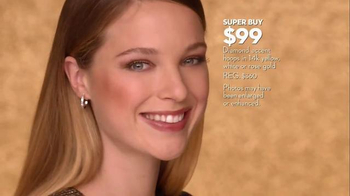 Macy's Friends & Family Sale TV Spot, 'Gold Glitter' - Thumbnail 5