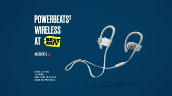 Best Buy Powerbeats2 Wireless TV Spot, 'Dad Bod' Song by Drake & Future - Thumbnail 8