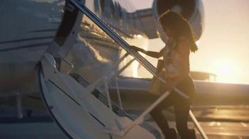 SKECHERS Burst TV Spot, 'All-Day Comfort' Featuring Brooke Burke-Charvet - Thumbnail 4