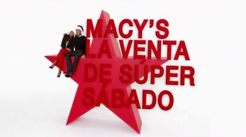 Macy's La Venta de Súper Sábado TV Spot, 'Suéteres Navideños' [Spanish] - Thumbnail 9