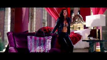 Victoria's Secret TV Spot, 'Free Gift: Tote' - 194 commercial airings