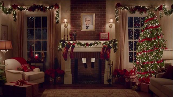 KFC $20 Family Fill Up TV Spot, 'Holiday Entrances' Feat. Norm Macdonald - Thumbnail 4