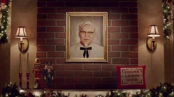 KFC $20 Family Fill Up TV Spot, 'Holiday Entrances' Feat. Norm Macdonald - Thumbnail 6
