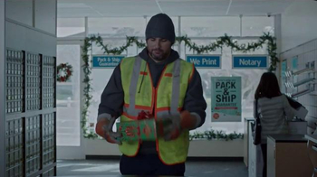 The UPS Store Pack & Ship TV Spot, 'Home for the Holidays' - Thumbnail 6