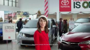 Toyota Toyotathon TV Spot, 'Carolers' - Thumbnail 1