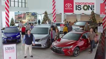 Toyota Toyotathon TV Spot, 'Carolers' - Thumbnail 4