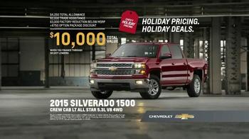 Chevrolet Holiday Pricing TV Spot, 'Chevrolet Truck Reveal' - Thumbnail 8