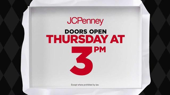 JCPenney Black Friday Sale TV Spot, 'Towels, Dolls and Shirts' - Thumbnail 2