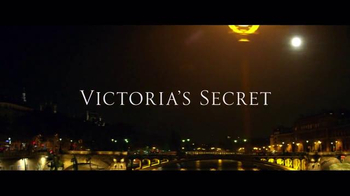 Victoria's Secret TV Spot, 'Holiday 2016: A Night at the Opera' - Thumbnail 2