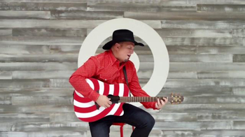 Target TV Spot, 'Garth Brooks: The Ultimate Collection: The Thunder Rolls' - Thumbnail 4