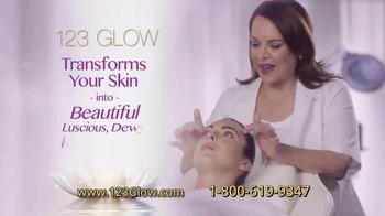 123 Glow TV Spot, 'What Every Woman Wants' - Thumbnail 6