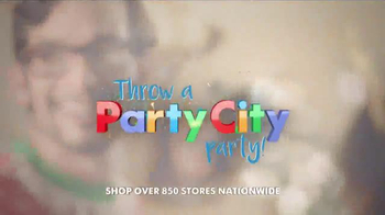 Party City TV Spot, 'Throw A Party City Party: Christmas Accessories' - Thumbnail 7