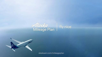Alaska Airlines Mileage Plan TV Spot, 'Russell Wilson Goes Big' - Thumbnail 9