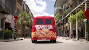 Popeyes $5 Boneless Wing Bash TV Spot, 'Back for the Holidays' - Thumbnail 7