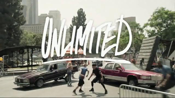 Boost Mobile Unlimited TV Spot, 'Unlimited World: Auto Re-Boost' - Thumbnail 2