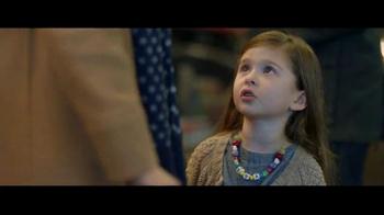 VISA Checkout TV Spot, 'Starbucks: Holiday Magic' - Thumbnail 6