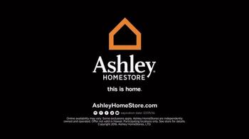Ashley HomeStore TV Spot, 'Black Friday: Last Chance' - Thumbnail 9