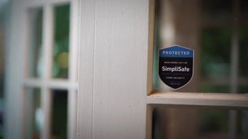 SimpliSafe Holiday Package TV Spot, 'Alerts Police in Seconds' - Thumbnail 1