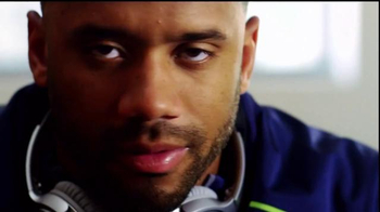 Bose TV Spot, 'No Distractions' Featuring Russell Wilson - Thumbnail 3
