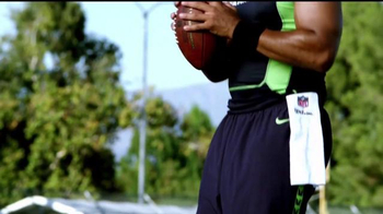 Bose TV Spot, 'No Distractions' Featuring Russell Wilson - Thumbnail 6