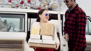Sunglass Hut TV Spot, 'Gifting Comes in Every Shade'