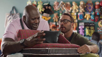 American Express TV Spot, 'Shop Small: Shaq and Jeremy Shop for Dog Beds' - Thumbnail 6