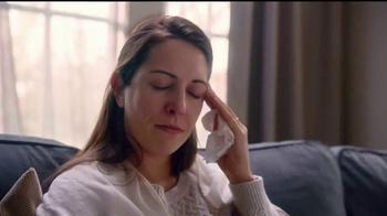 Tylenol Cold + Flu Severe TV Spot, 'Alivio del dolor de cabeza' [Spanish] - Thumbnail 2