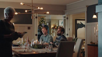 AT&T Wireless Unlimited Data TV Spot, 'Holiday Gathering' - Thumbnail 1