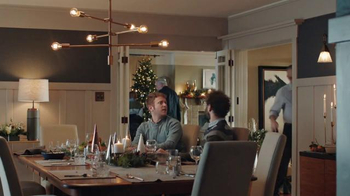 AT&T Wireless Unlimited Data TV Spot, 'Holiday Gathering' - Thumbnail 2