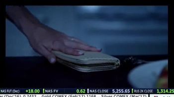 magicJack Holiday Price TV Spot, 'The Perfect Gift' - Thumbnail 2
