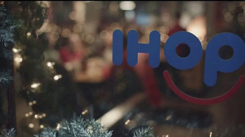 IHOP Holiday Menu TV Spot, 'Celebra las fiestas con estilo' [Spanish] - Thumbnail 1