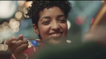 IHOP Holiday Menu TV Spot, 'Celebra las fiestas con estilo' [Spanish] - Thumbnail 3