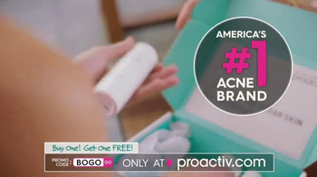 Proactiv BOGO Sale TV Spot, 'Gift of Clear Skin' Featuring Julianne Hough - Thumbnail 3