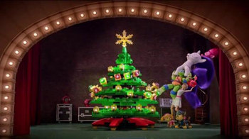 Target TV Spot, 'Holidays: Tree Topper' - Thumbnail 8
