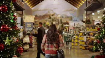 Cabela's Christmas Sale TV Spot, 'Deck the Halls' - Thumbnail 3