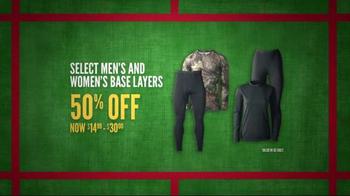 Cabela's Christmas Sale TV Spot, 'Deck the Halls' - Thumbnail 6